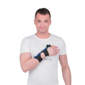 """Бандаж на лучезапястный сустав с фиксацией первого пальца Т-8312 универсальный """"Тривес""""."""